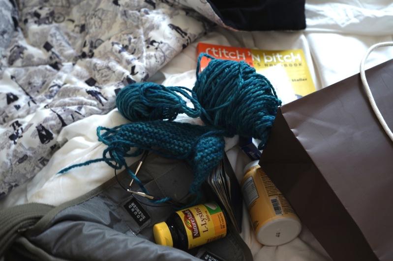 Knitting paraphernalia at hotel | HeyGirlfriend.Net