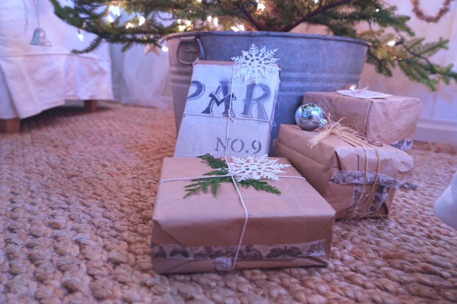 Jamison Cottage gift wrap