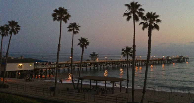 San Clemente Pier at night