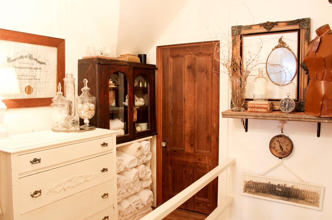 Jamison Cottage Bedroom Hallway