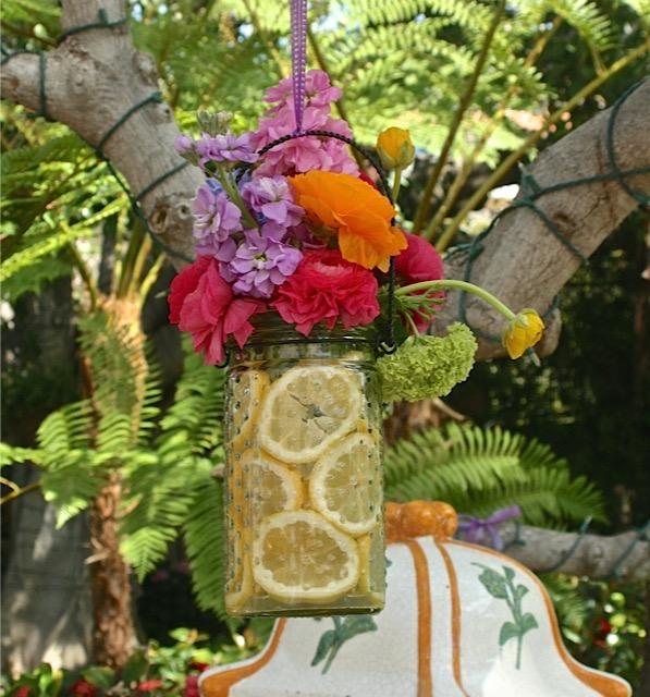 HeyGirlfriend.Net ~ Flower Arranging ~ 7 Secrets Revealed