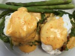 Eggs-Benedict-and-asparagus