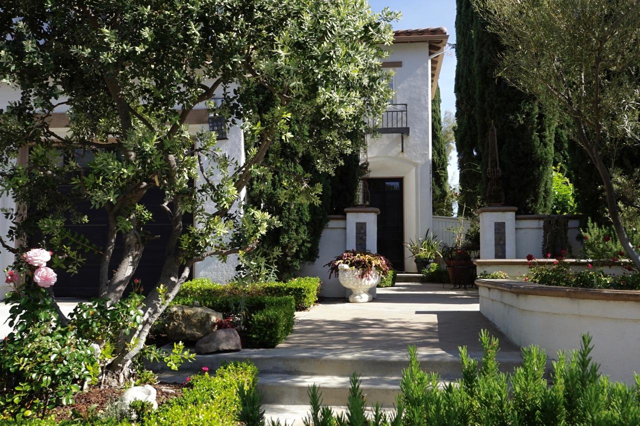 Southern California Mediterranean Garden