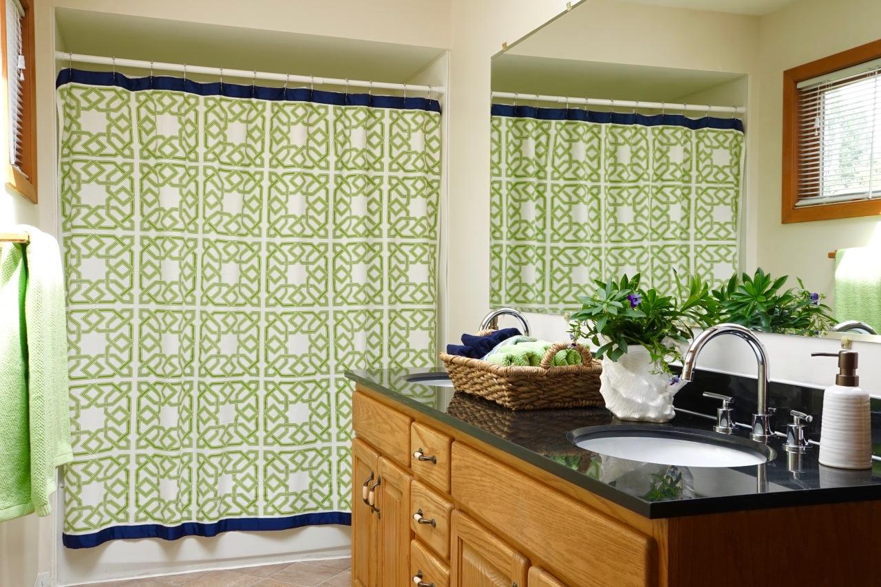 Rental-House-Bathroom-decorated