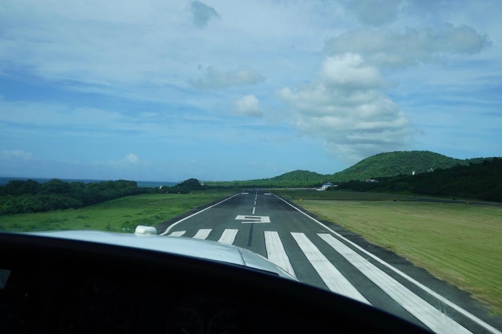Vieques-landing-strip